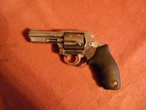 Taurus 605 revolver