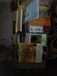 90 db vadászkönyv +10 db vadászatról szóló DVD