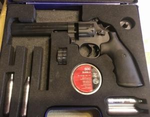 Smith&Wesson 586 co2 umarex 4,5 mm