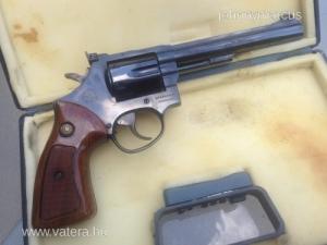 0,22 Sport revolver.