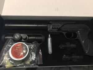 Gamo PT-85 Blow Back légpisztoly Cal4,5