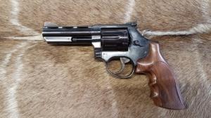 Taurus M 669 357Mag/38Spec. Maroklőfegyver