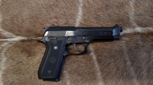Taurus PT 99 AF 9mm Luger Maroklőfegyver