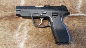 CZ 100  9mm Luger Maroklőfegyver