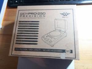 GEMPRO-250 Precision digitális mérleg