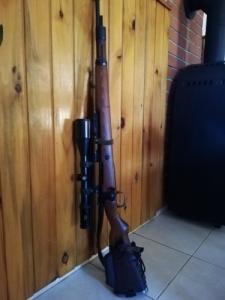 8x57-es Mauser m98 gyorsítós szerelékkel thumbhole tussal
