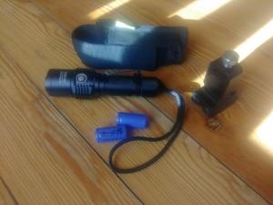 Nitecore EC25 Cobra vadászlámpa, fegyverlámpa mágneses szerelékkel
