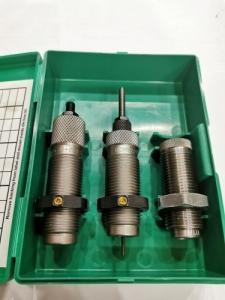 RCBS lőszertöltő matricakészletek