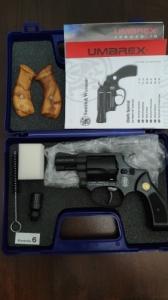 S&W Chiefs Special 9mm R gáz-riasztó revolver