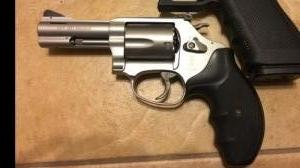 Smith Wesson 357.Mag-IZS18 12/76