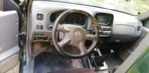 Nissan D22 pickup