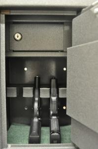 Pisztoly széf / Fegyverszekrény