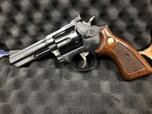Taurus 357 / 38 spec revolver