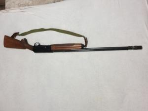 Sörétes félautómata vadászfegyver