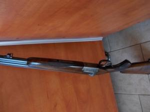 Mauser dupla 20-as; Mauser 98 8x57JS; Remington 30-06  kaliberű vadászfegyverek