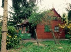 Bakonyi hétvégi ház Cseszneken eladó!
