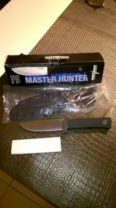 Cold Steel Master Hunter