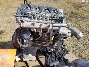 nissan navara uj motor.párezer kilómétert ment.
