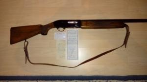 12/76 Beretta A300