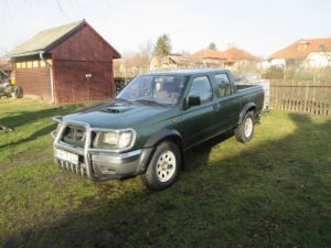 Nissan pick up 4WD