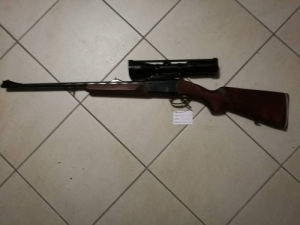 Izs 18 223 Remington + távcső luger 1,5*6*42