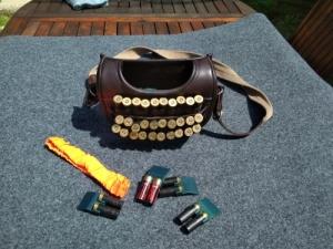 Gyorstöltő táska, sörétes táska, bőr táska, bakó