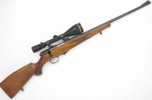 Weihrauch .22 Hornet golyós puska Leupold 3,5x10-50-es céltávcsővel EAW kifordítható szerelékkel