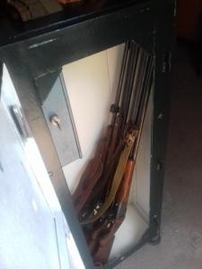 4 férőhelyes fegyverszekrény