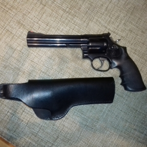 Smith & Wesson revolver 357 / 38 Spec