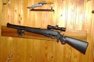PCP típusú 12lövetű forgótáras légpuska 4x32es távcsővel + pumpa