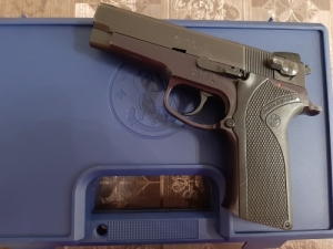 Smith & Wesson M910