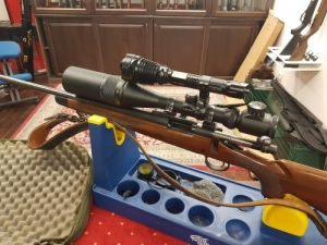 Remington 700 CDL Balkezes