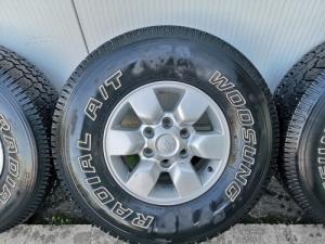 Terepjáró téli gumi 31x10.50 R15 A/T Toyota felni