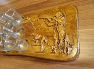 pálinkás készlet vadászjelenettel 6 pohárral vadásznak, vadászoknak