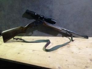Billenő csovű golyós puska