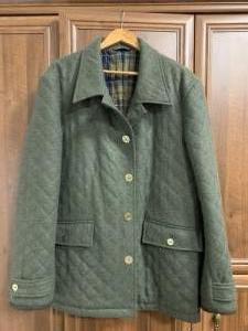 Laksen lóden kabát