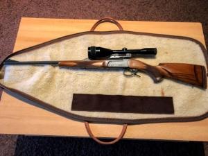 IZS 18 golyós vadászfegyver egyedi tussal és Zeiss (West Germany) távcsővel