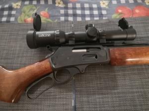 Marlin 30-30 alsó kulcsos fegyver hajtás távcsővel 5 doboz lőszerrel
