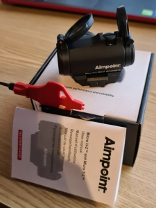 Aimpoint micro H-2, Akah 10-40x56 LA